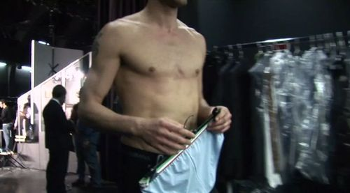 Dolce-undies-backstage-13