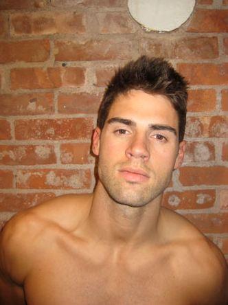 Chad-white-haircut-02