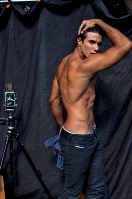 Lucas Gill-20