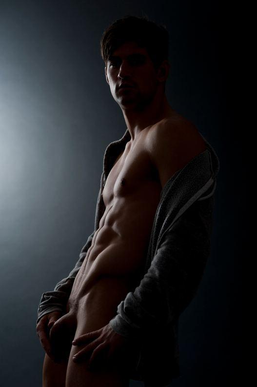 Ben-godfre-nude-05