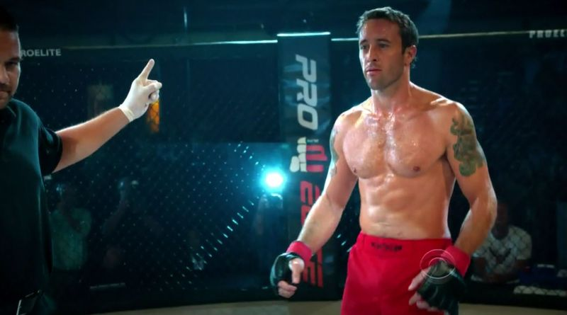 Hawaii-five-0-AlexOLoughlin-11