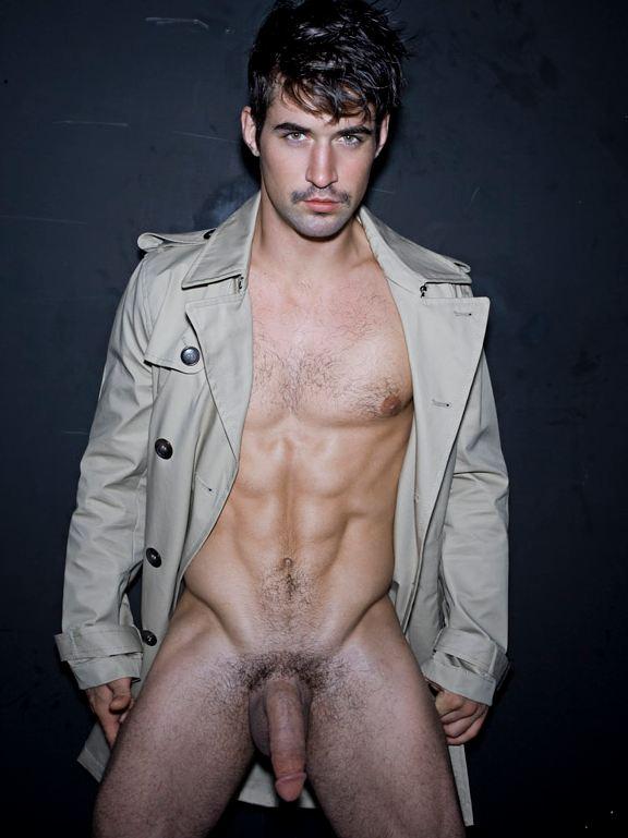 Ben-godfre-naked