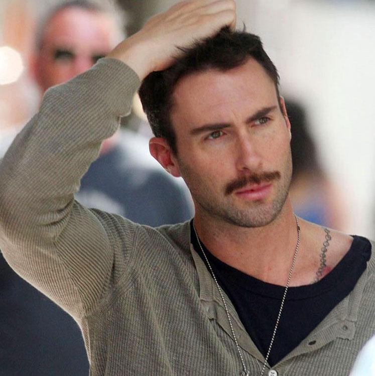 Adam-levine-moustache-01