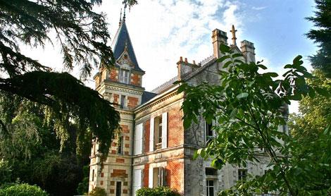 Chateau-bertiniere-01