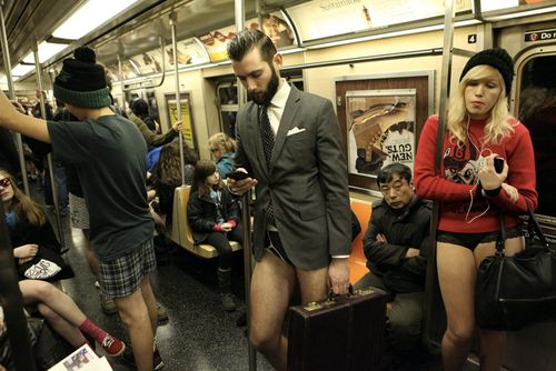 No-pants-subway-ride-01