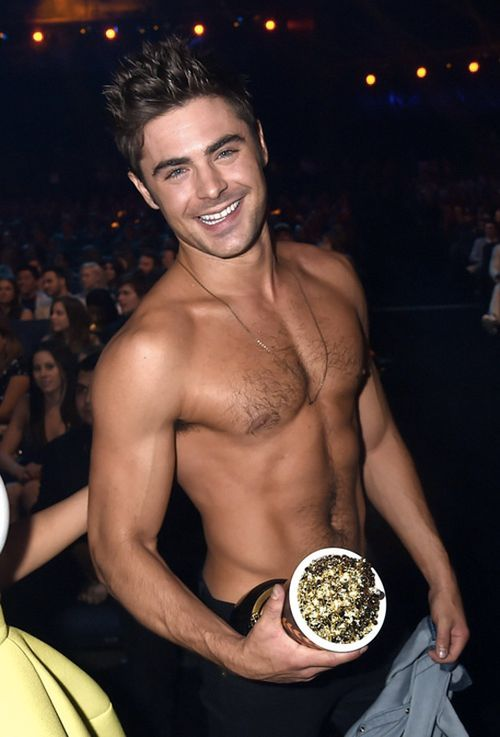 Zac-efron-mtv-002