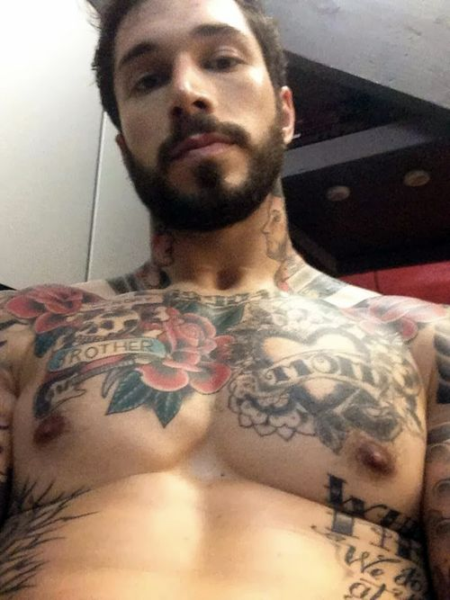 Alex-minsky-erection-01