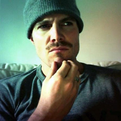 Movember-stephen-amell-03