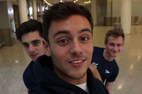 Tom-daley-auction-03