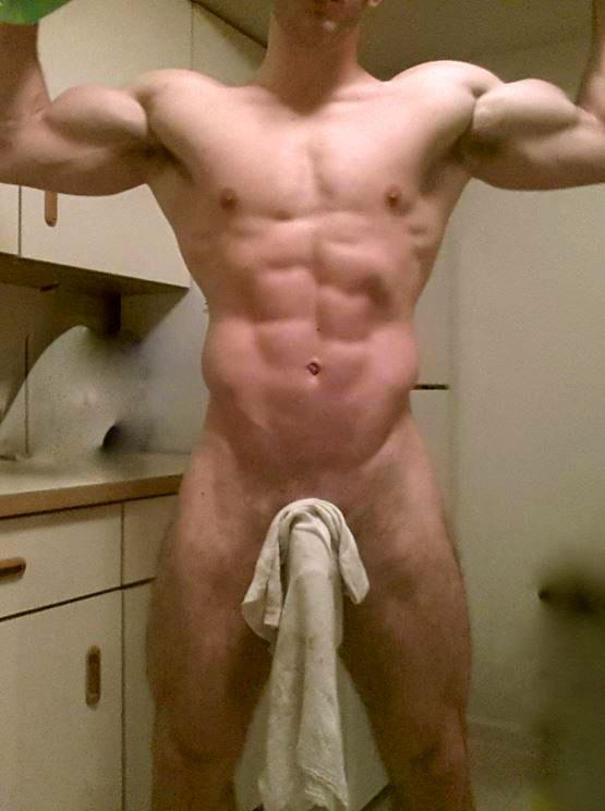 Nick-gardener-nude-01