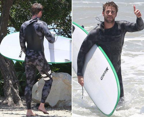 Liam-hemsworth-surf-11