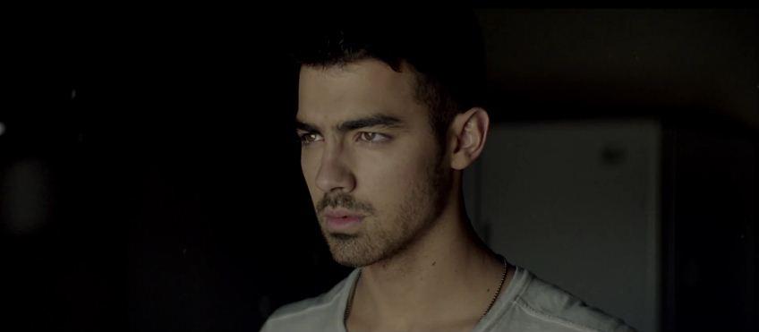 Joe-Jonas-04.JPG