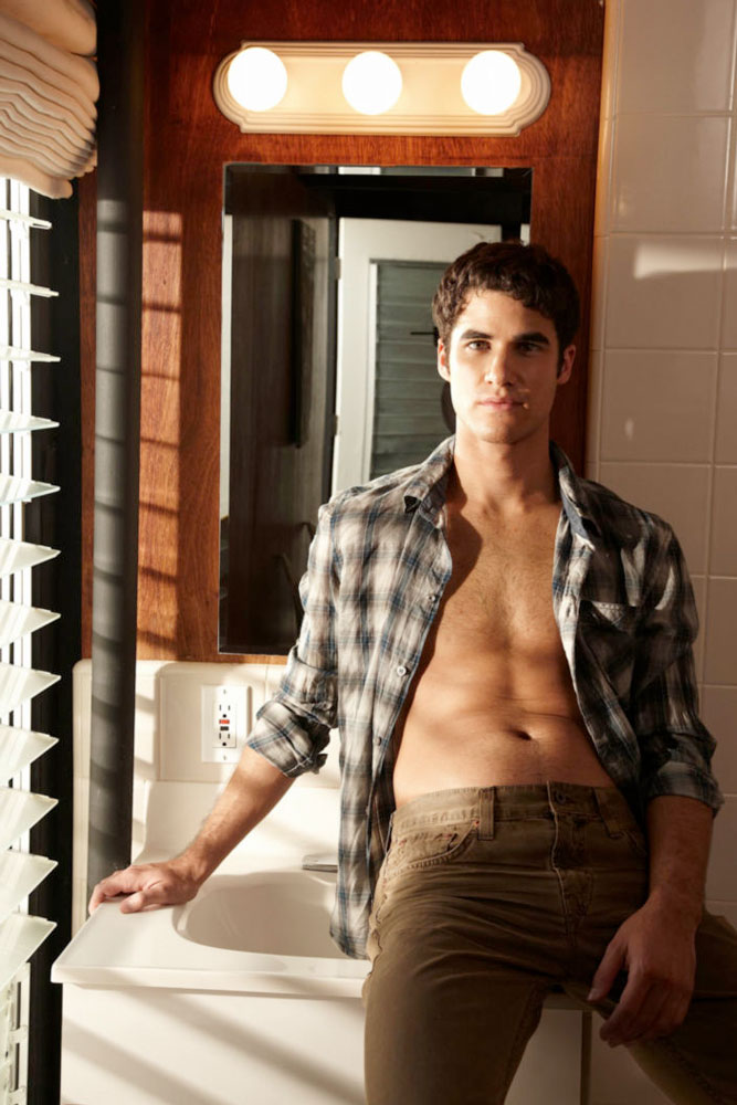 darren-criss-people-outtakes-02.jpg