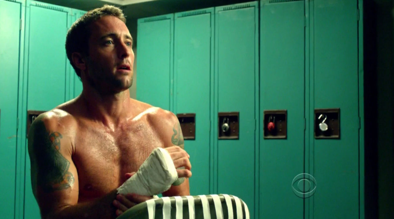 Hawaii-five-0-AlexOLoughlin-03.jpg
