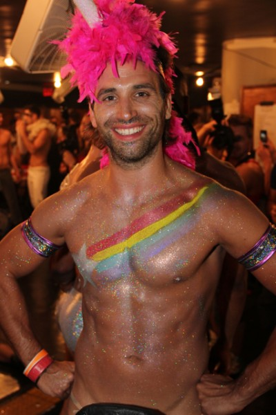 broadwaybares-101.jpg