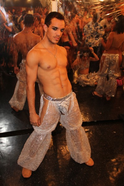 broadwaybares-107.jpg