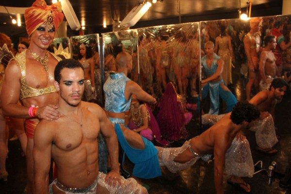 broadwaybares-19.jpg