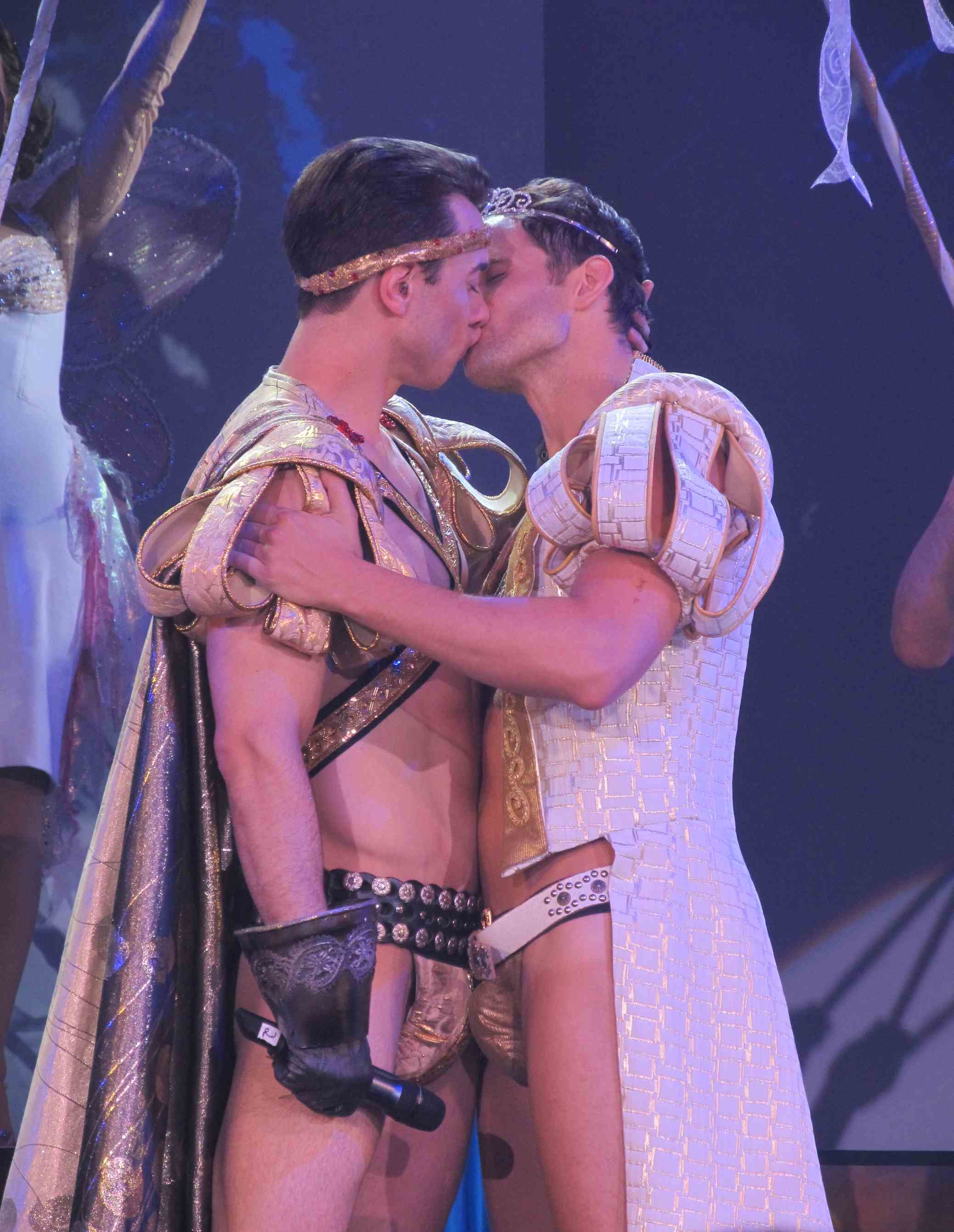 broadwaybares-22.jpg
