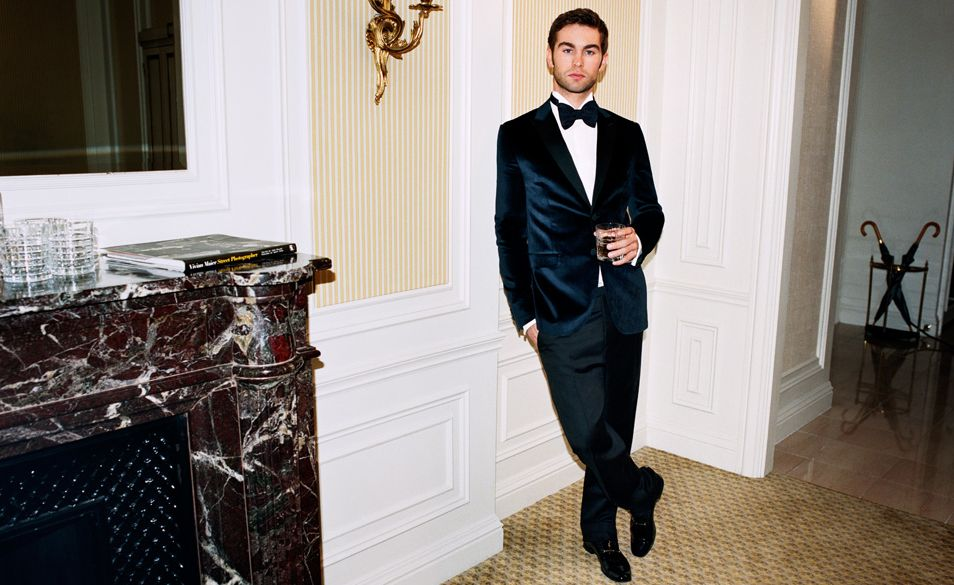chace-crawford-porter-07.JPG