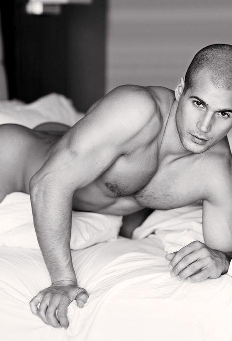 sexiest-todd-sanfield.JPG