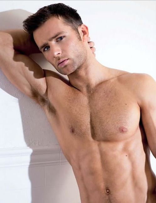 harry-judd-mcfly-02.JPG