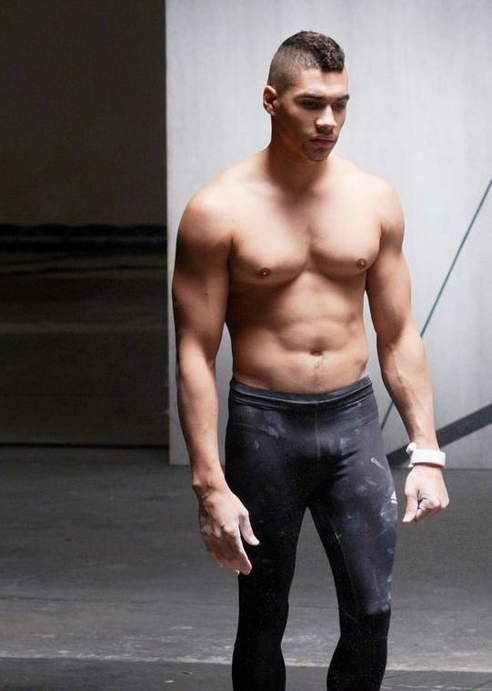 louis-smith-candid-03.JPG