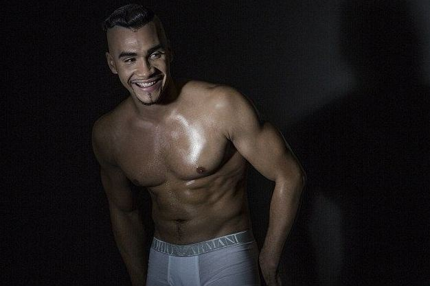 louis-smith-candid-05.JPG