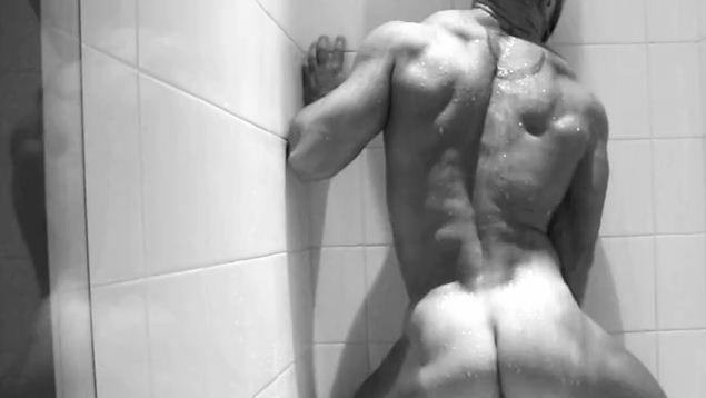 sagat-shower-31.JPG